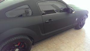оклейка в черный мат пленкой ford mustang