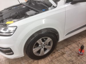 Audi Q7 2016 - комплекс антигравийной защиты авто прозрачной пленкой оклейка